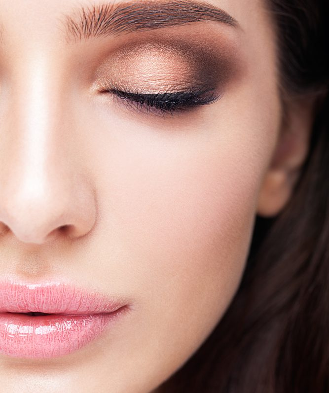 鼻中隔延長術のダウンタイム、内出血の期間とそれを最小限にするポイント