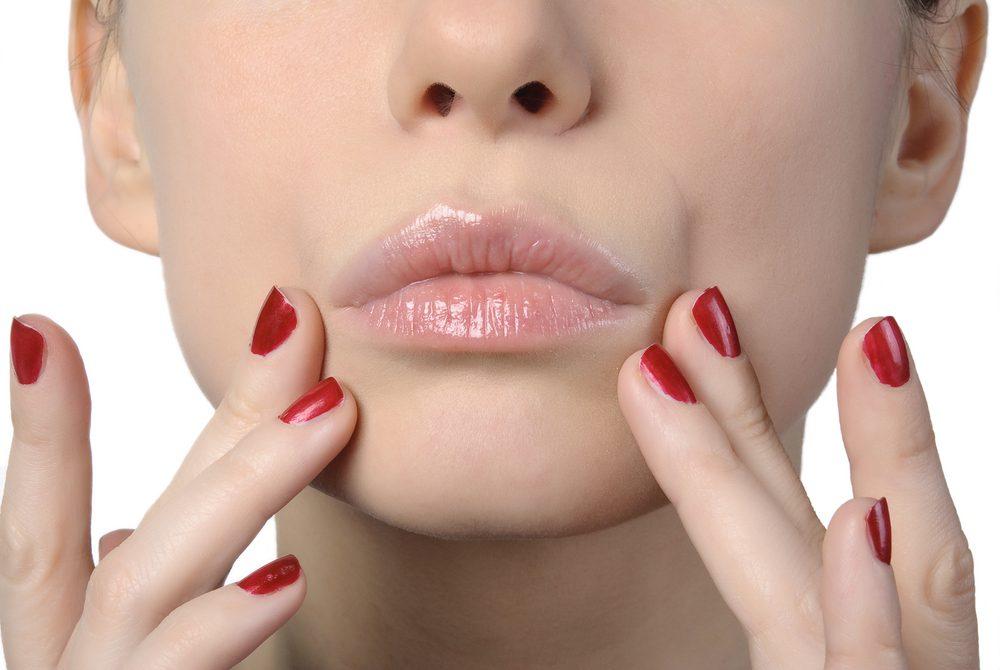 福岡で鼻の下を短くする整形(鼻下短縮、リップリフト、人中短縮術)のおすすめクリニック・名医