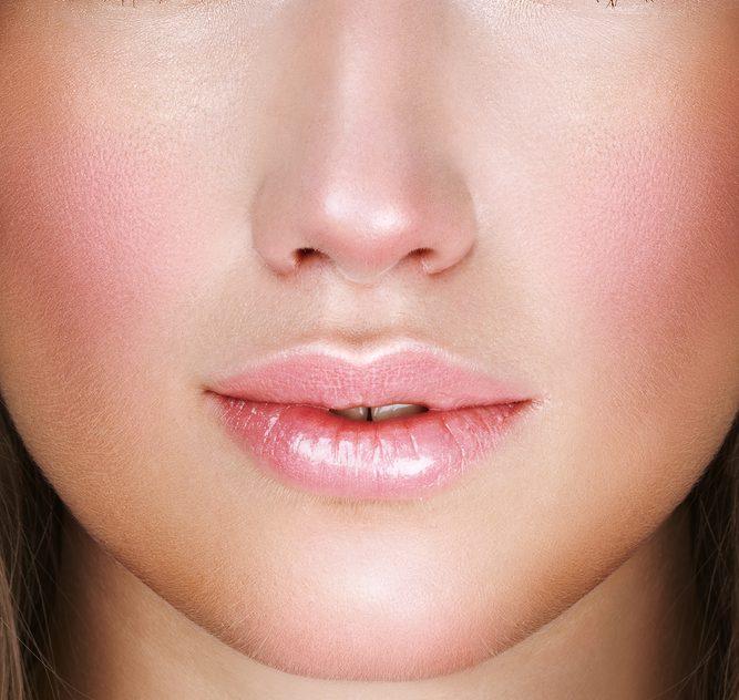 名古屋で鼻の下を短くする整形(鼻下短縮・リップリフト・人中短縮術)
